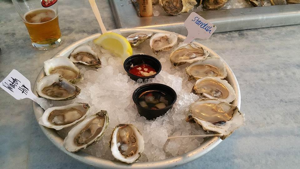 TwoTen Oyster Bar